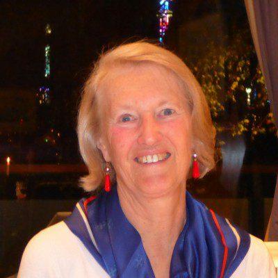 Past Commodore Mrs Peta Walmisley